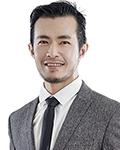 Dr. Lo Hwa Loon (R)